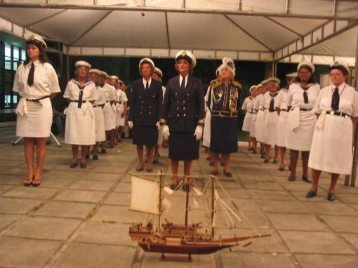 Nau Catarineta de Cabedelo-PB. Há muitos grupos mas este é formado só por mulheres da terceira-idade.