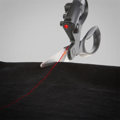 a823_laser_guided_scissors